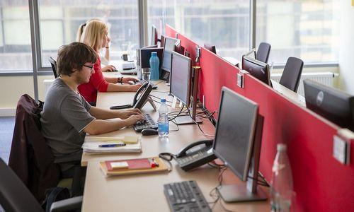 Kasmet vertins pagal darbo sutartis dirbančių tarnautojų veiklą