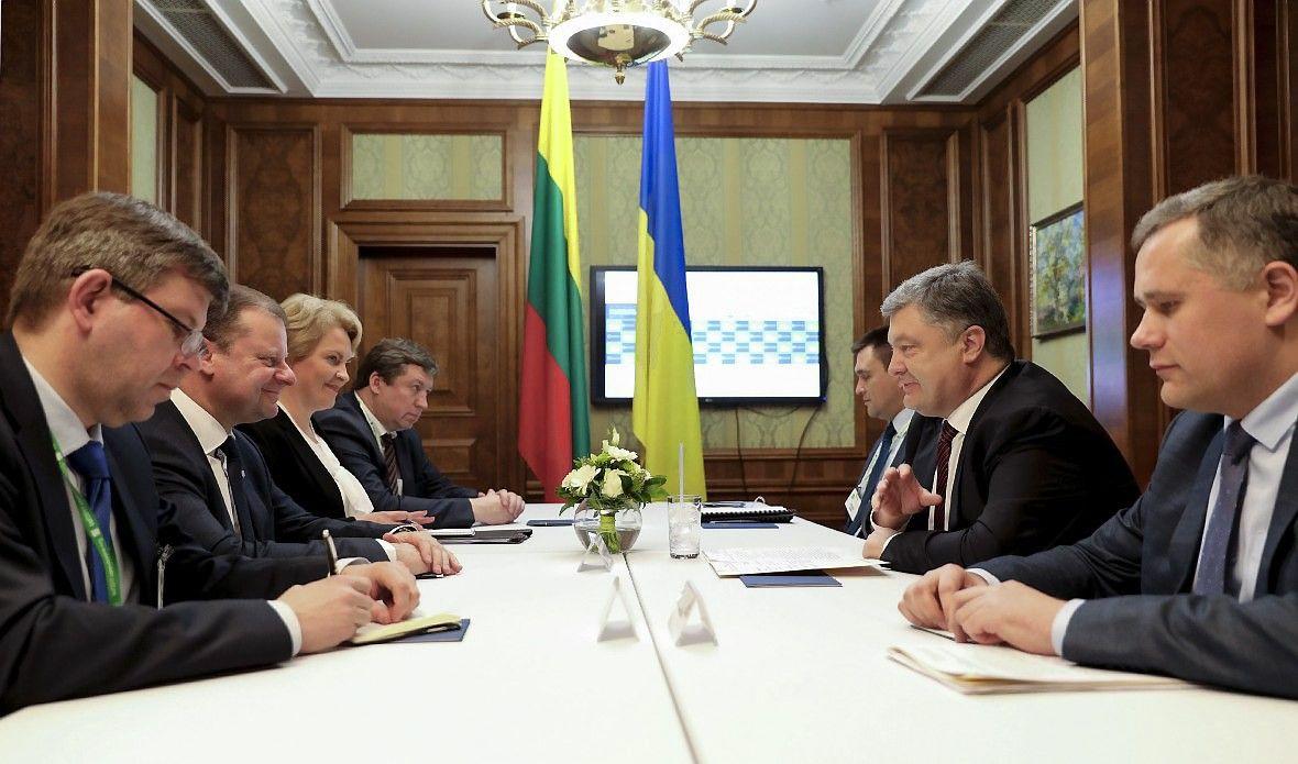 Lietuvą ir Ukrainą neramina Rusijos ruošiamos karinės pratybos