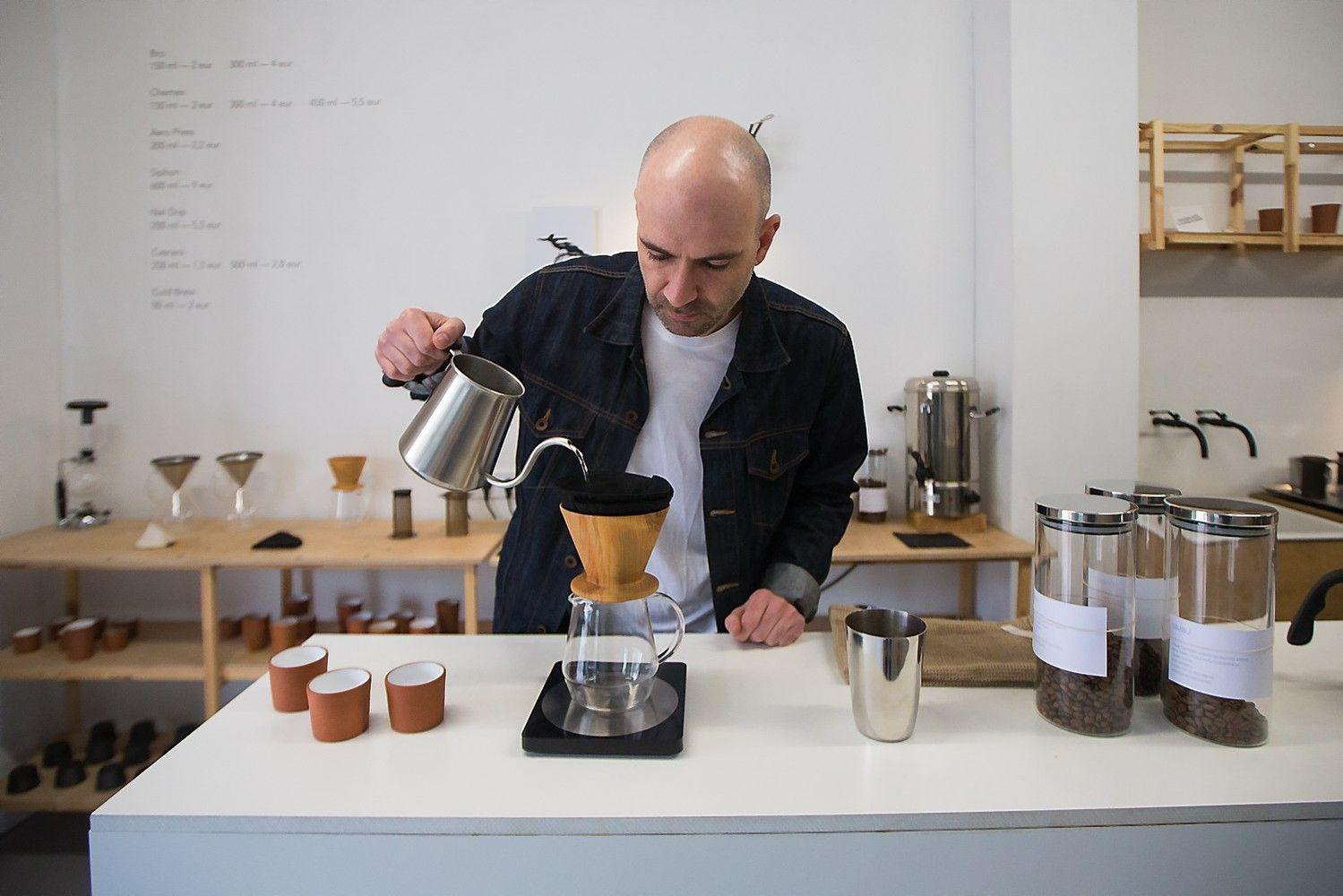 Kavos pardavėjų išradingumas: aparatai jau nereikalingi