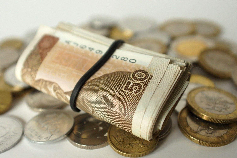 Rinkoje vis dar dreifuoja vėjais paleisti 5 mlrd. Eur