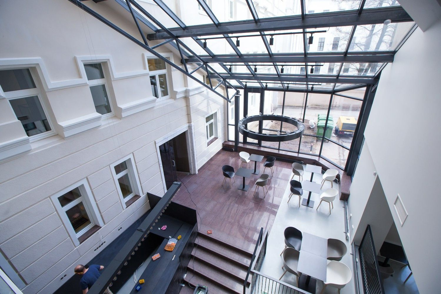 """Biurų pastato """"B Nordic 26"""" įrengimas artėja į pabaigą – kviečiame pasižvalgyti"""