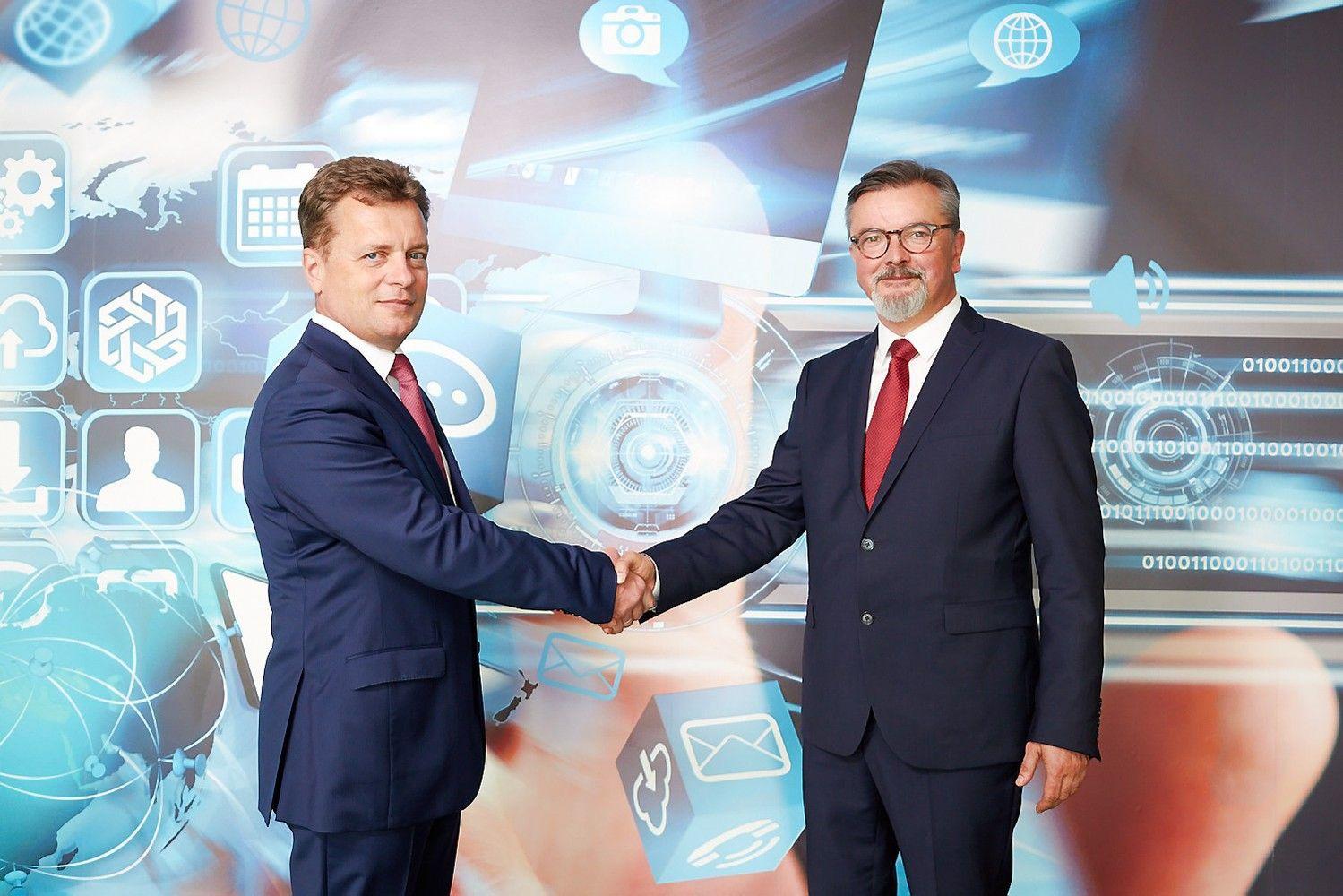 """""""Fima"""" įsigijo Lenkijos geležinkelių infrastruktūros įmonę"""