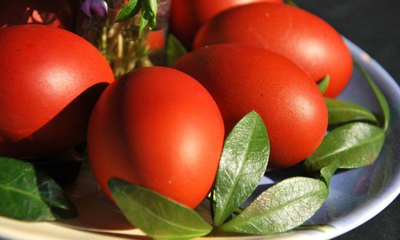 Bendrąjį cholesterolio kiekį mūsų kraujyje lemia ne konkretus maisto produktas, turintis daug cholesterolio, o sočiųjų riebalų perteklius mūsų mityboje.  Arūno Milašiaus nuotr.