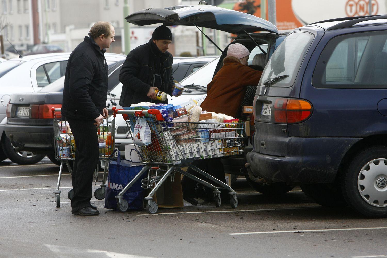 """""""Maxima"""" savo kainas lygins su prekybos tinklais Lenkijoje"""