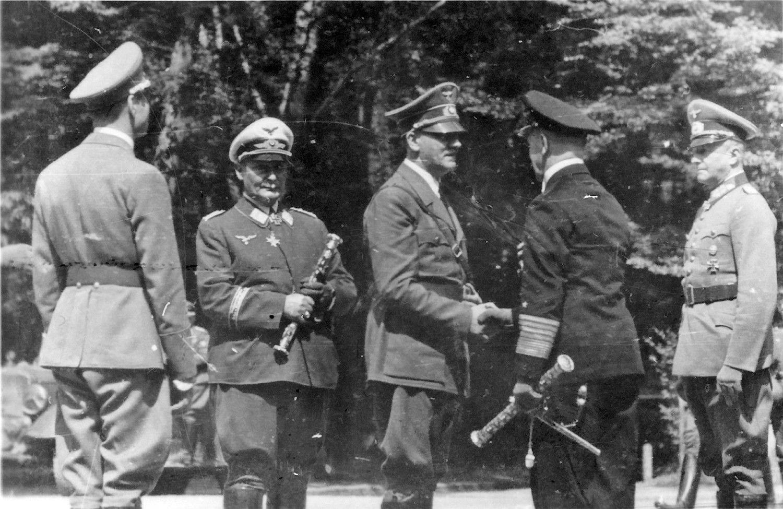 Slaptieji Hitlerio pakalikai