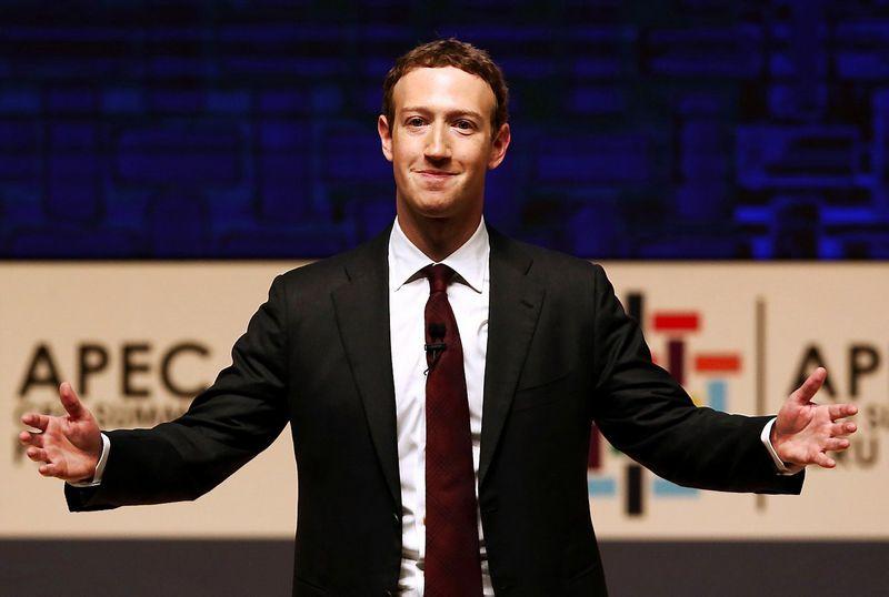 "Markas Zuckerbergas, ""Facebook"" vykdomasis direktorius. Marianos Bazo (""Reuters""/""Scanpix"") nuotr."