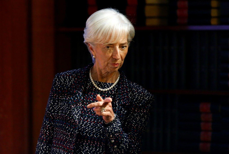 TVF pagerino pasaulio BVP prognozę, perspėja dėl protekcionizmo