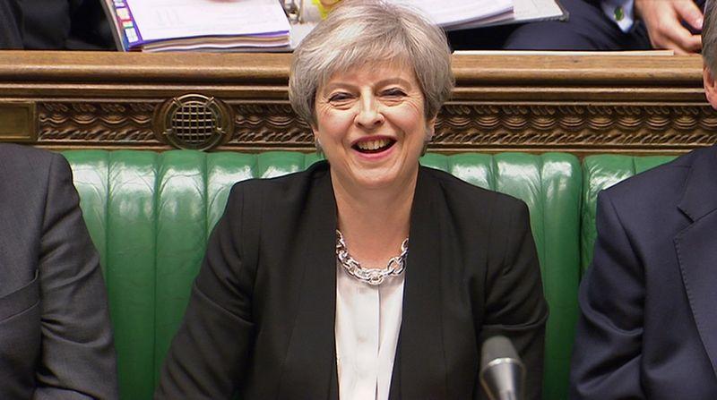 """JK parlamentas pritarė premjerės Theresos May išankstinių rinkimų iniciatyvai. """"Reuters"""" / """"Scanpix"""" nuotr."""