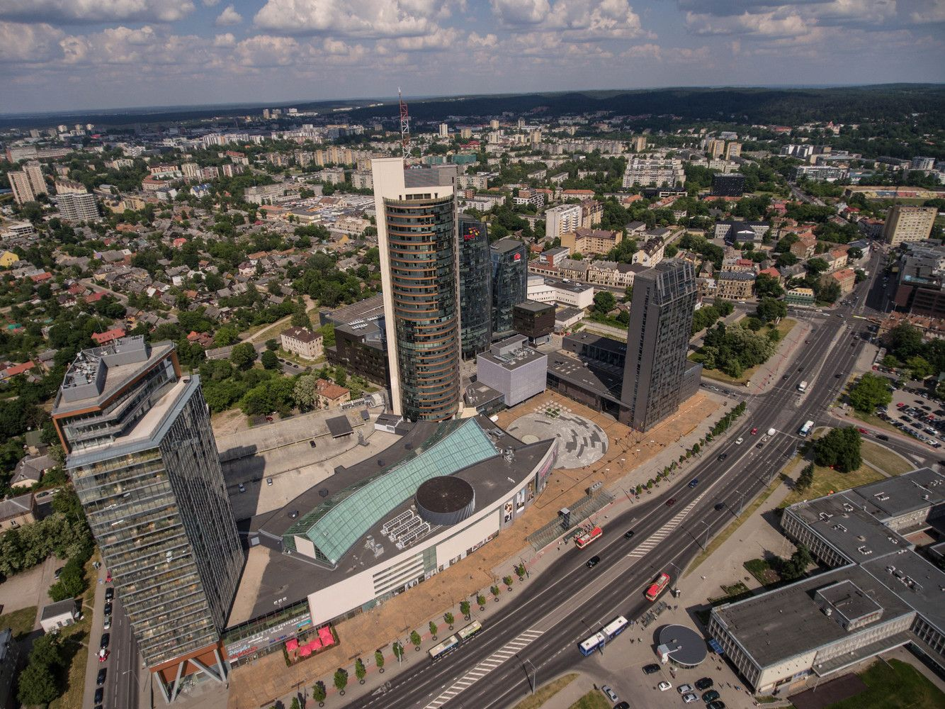 NT rinkoje pažirs įsigijimų:fondas nori įdarbintiiki 50 mln. Eur