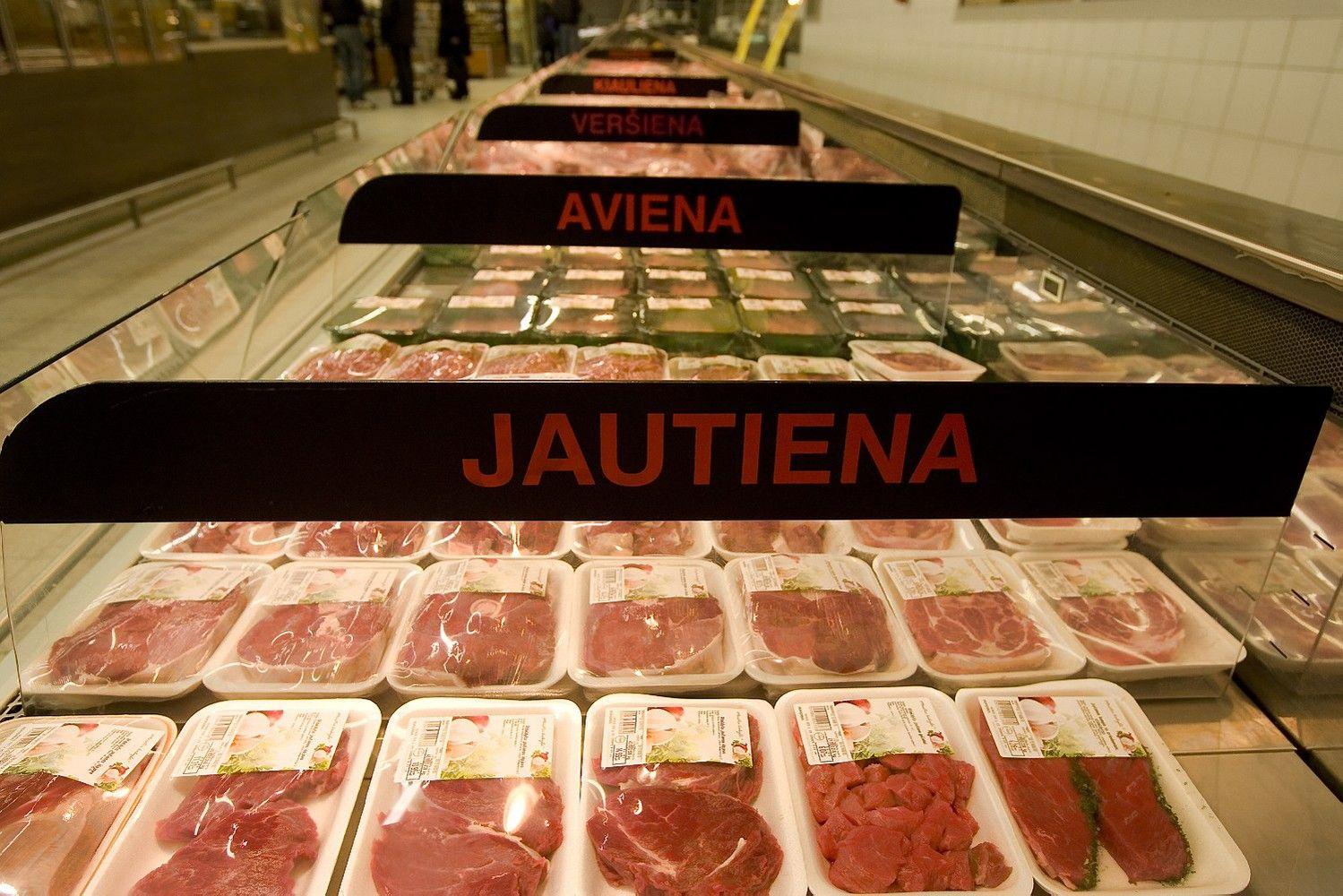 Kinai lankosi Lietuvos mėsos įmonėse ir ūkiuose