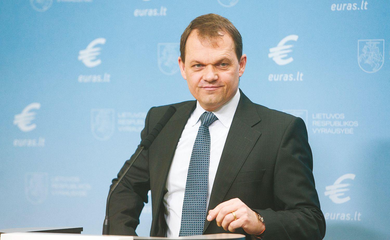 Ekonominės prognozės Lietuvai vėl kopia įkalnėn