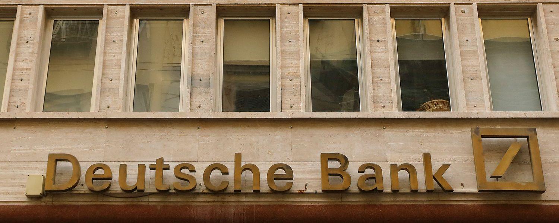 """""""Deutsche Bank"""" – 157 mln. USD bauda"""