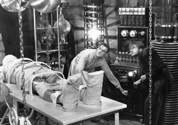 Tikrovės Frankenšteinas – mirusiųjų kūnais italas leido elektros srovę