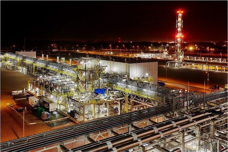 Lenkai plės suskystintų gamtinių dujų terminalą