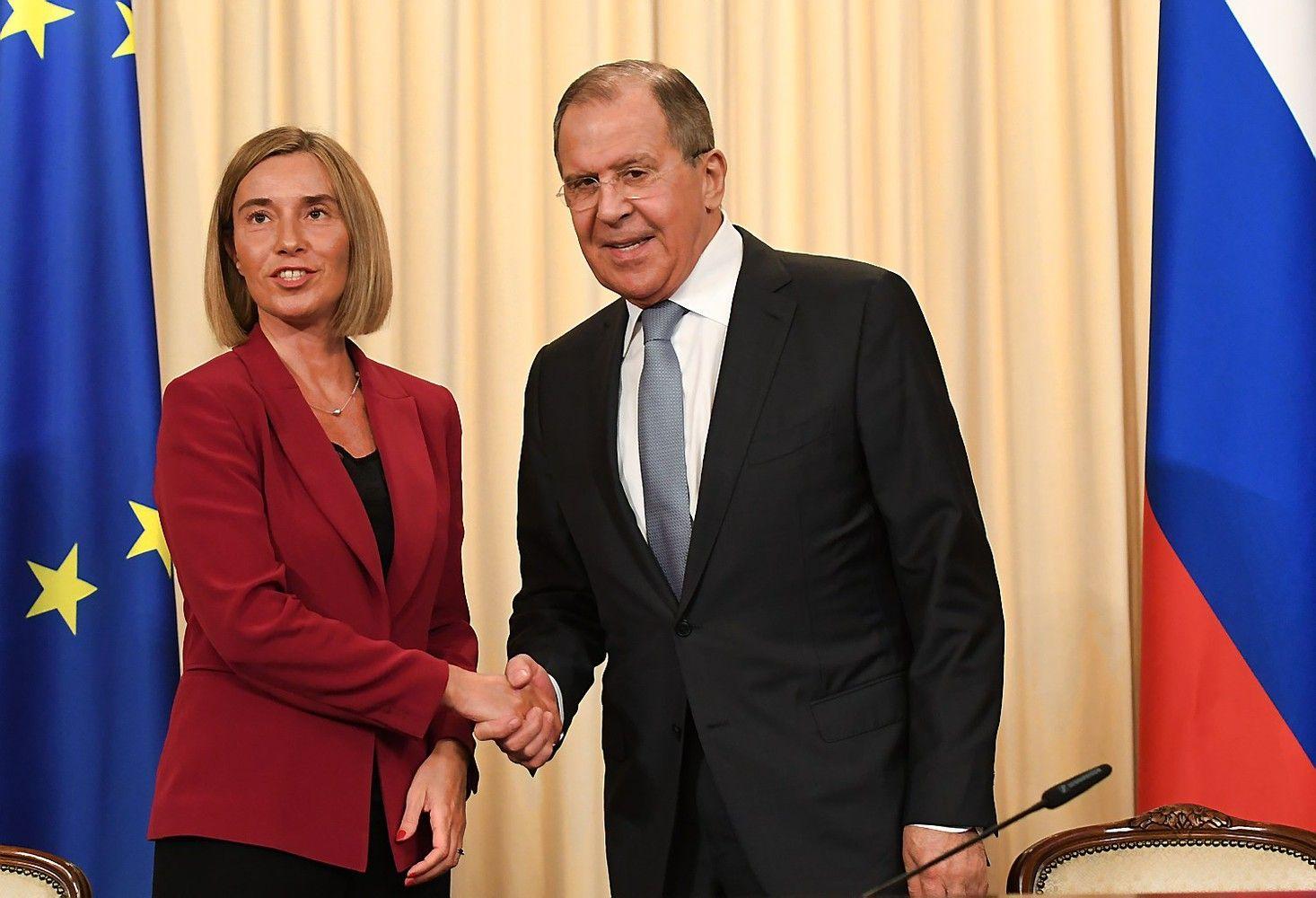 Mogherini: ES sankcijos Rusijai išliks