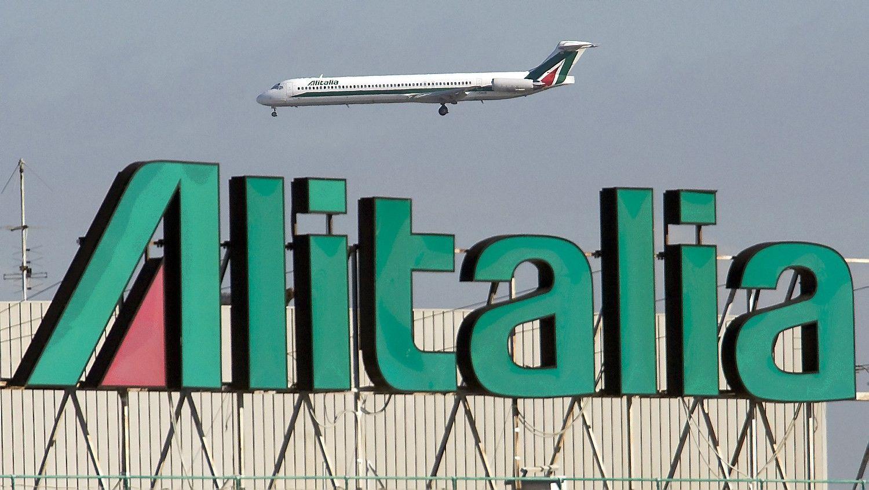 Italijos skrydžių bendrovėatsidūrė ant bedugnės krašto