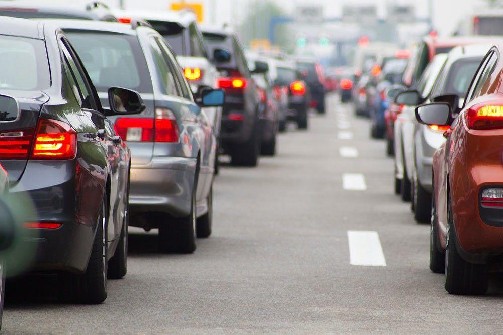 Automobilių rinka raško rekordus – aplenkėm ikikrizinius rezultatus