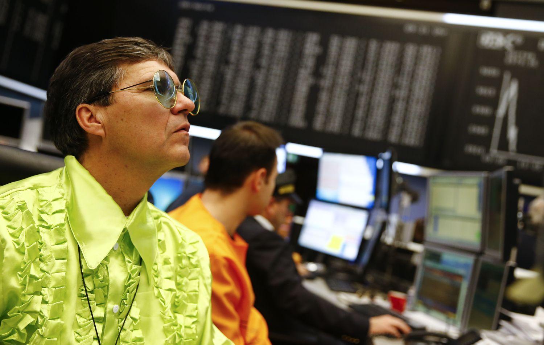 Akcijų rinkose – pašėlęs indeksų kilimas