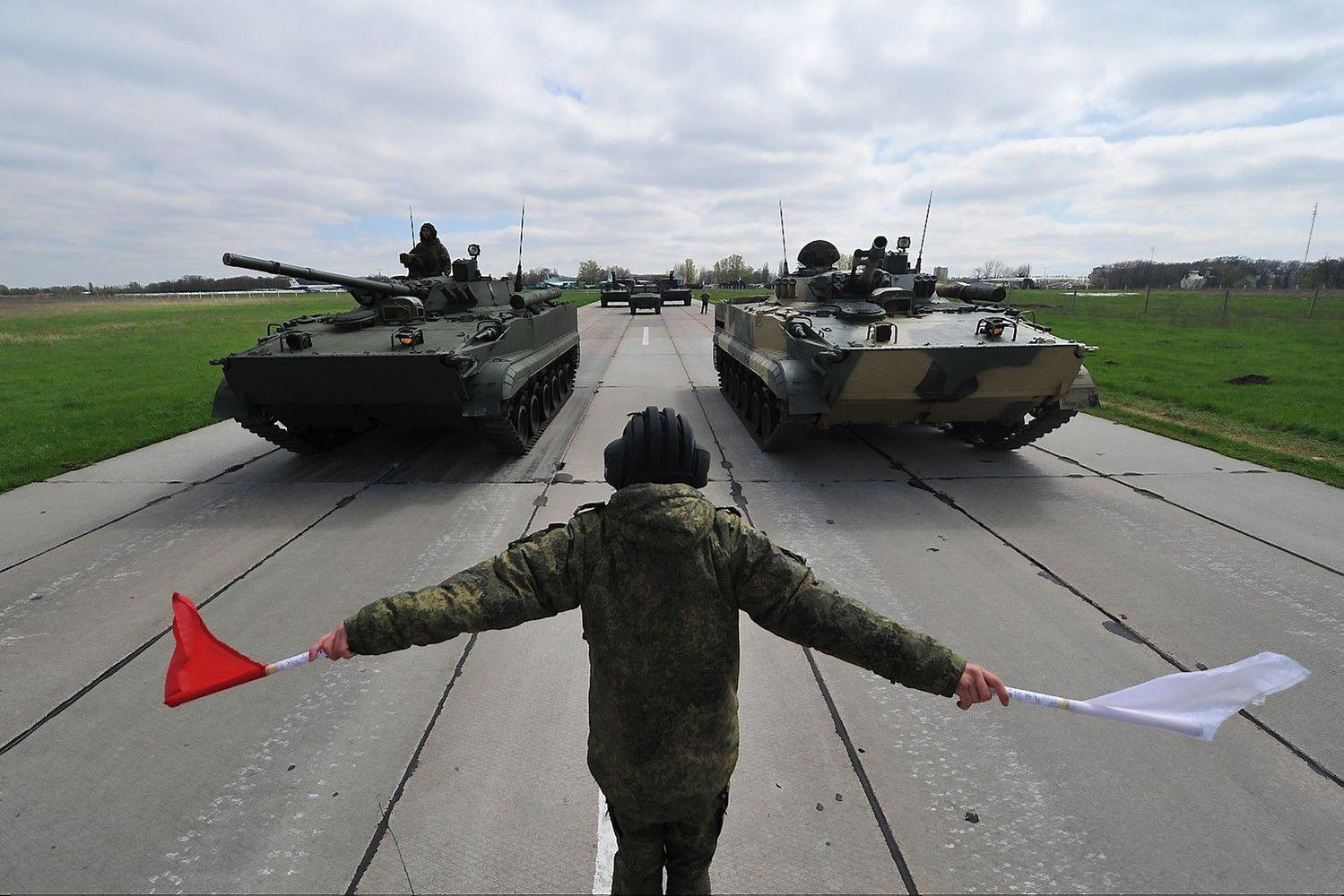 Estija: po pratybų Rusijos kariai ir ginkluotė gali likti Baltarusijoje
