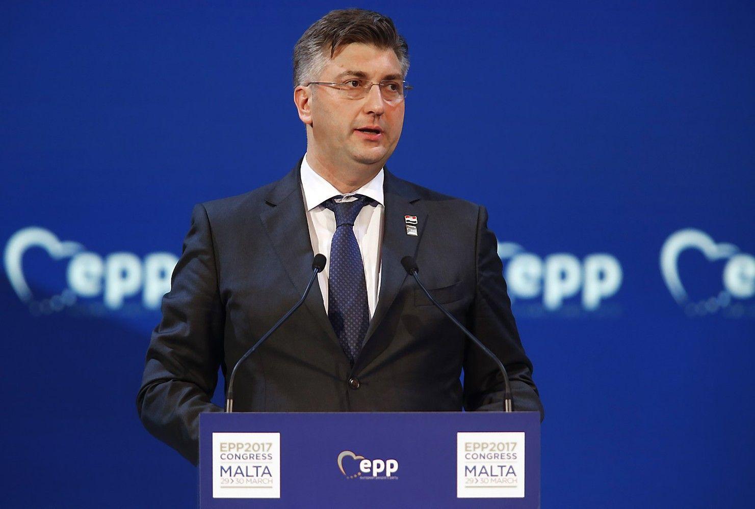 Dėl didžiausios šalies įmonės problemų žlugo Kroatijos vyriausybė