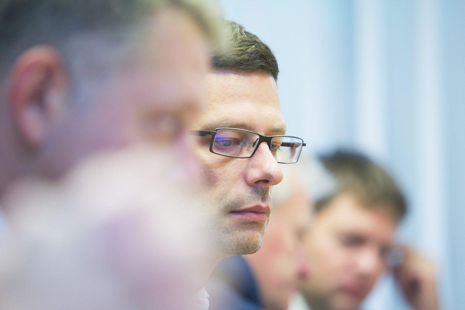 Liberalų sąjūdis atsikratė Š. Gustainiu, G. Steponavičiui pareikšti įtarimai