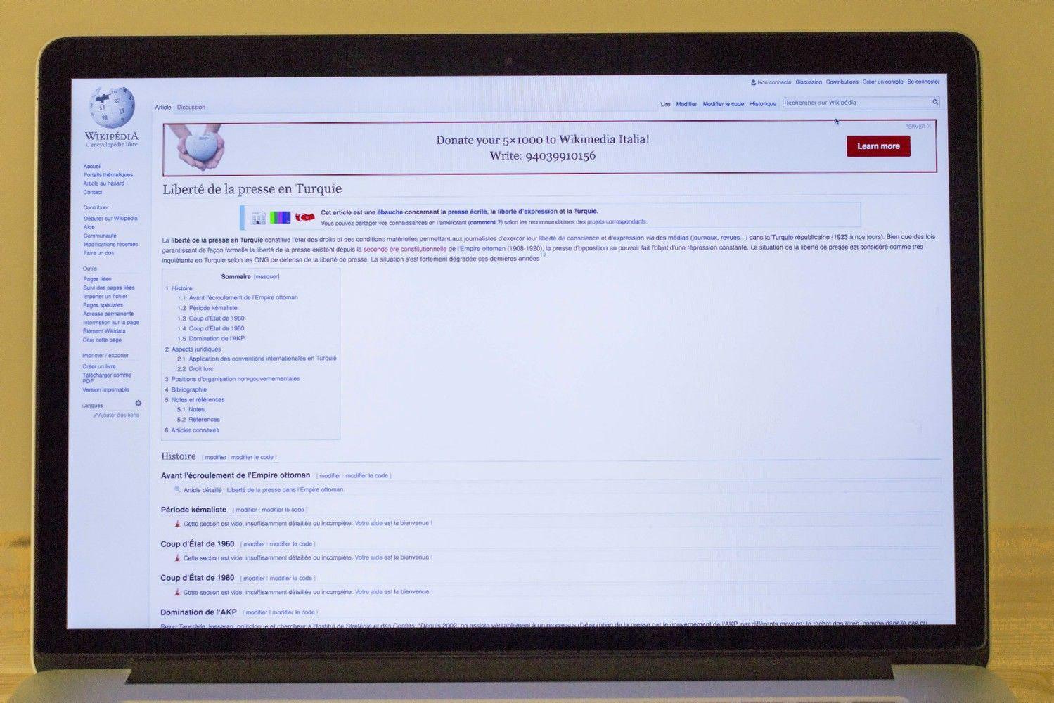 "Turkijoje užblokuota ""Wikipedia"""