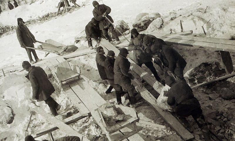 """Baltosios ir Baltijos jūrų kanalo statybos 1931–1933 m. """"photochronograph.ru"""" nuotr."""