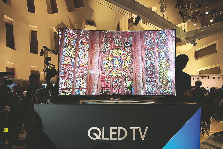 """""""Samsung"""" į televizorių rinką grąžino intrigą"""