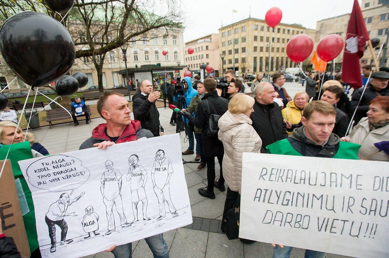Trišalis susitarimas dėl algų –profsąjungų mokestį dengti iš biudžeto