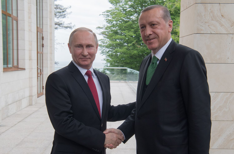 Putinas: santykiai su Turkija grįžo į normalias vėžes