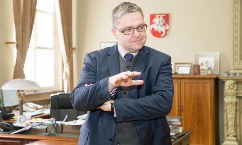 Vasiliauskas –apie NT paskolas, pasirengimą kitai krizei ir ore kabančius nežinomuosius