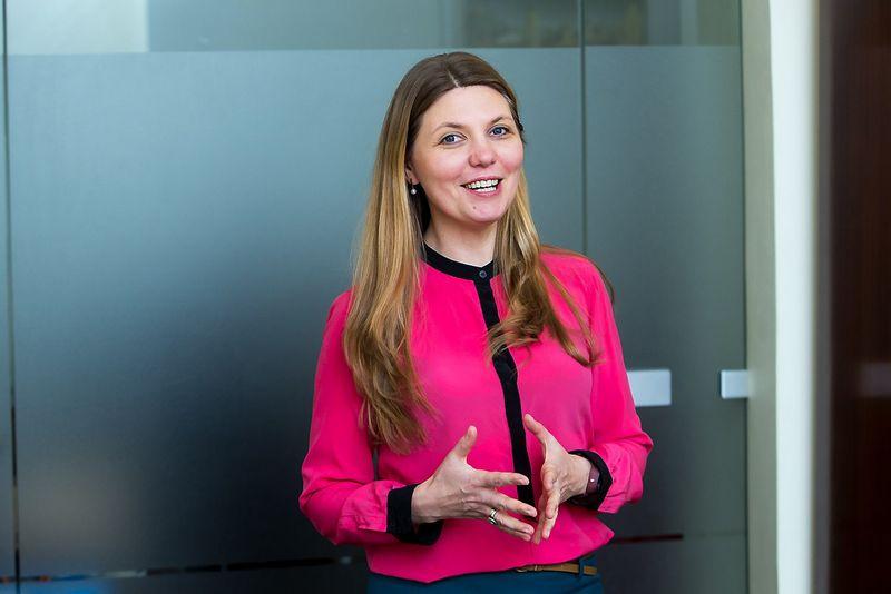 """Laura Duksaitė-Iškauskienė, darbuotojų atrankos UAB """"Master Class Lietuva"""" vadovė, sako, kad tos bendrovės, kurios atvirai pasakoja apie savo kasdienybę, gali pritraukti daugiau talentingų darbuotojų. Vladimiro Ivanovo (VŽ) nuotr."""