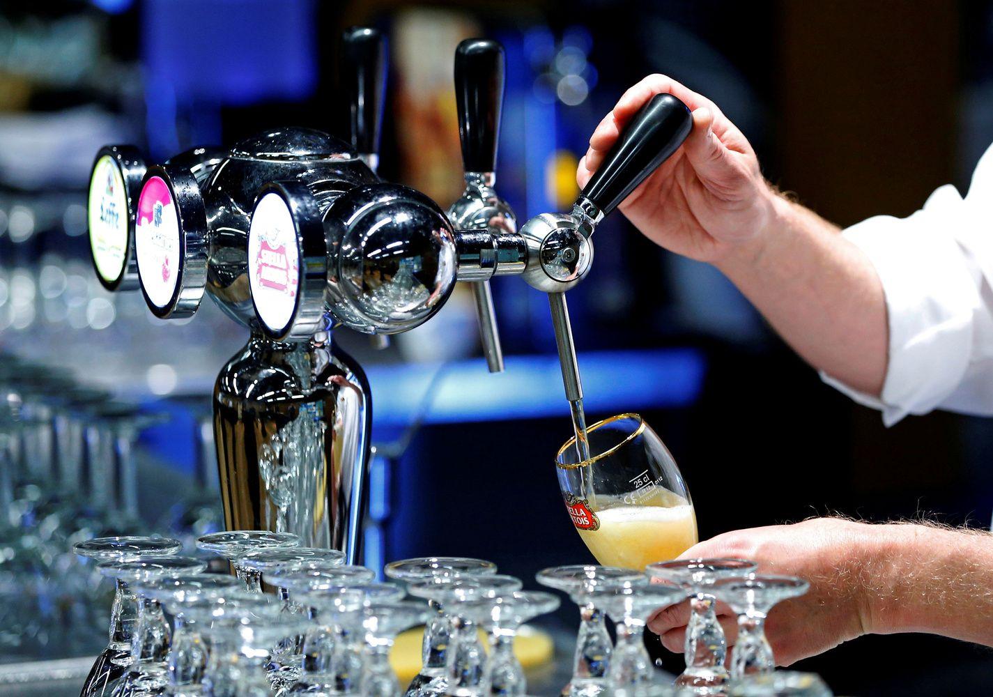 Pasaulio aludarių pajamas augino gerėjančios ekonominės aplinkybės