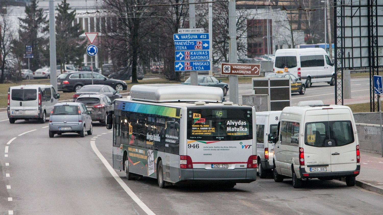 Keleivių vežėjai konkurencijos nebijo, bet nori lygių sąlygų
