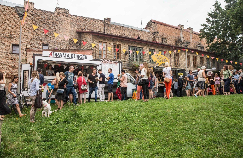 Gatvės maisto mada: ratuotų restoranų daugėja