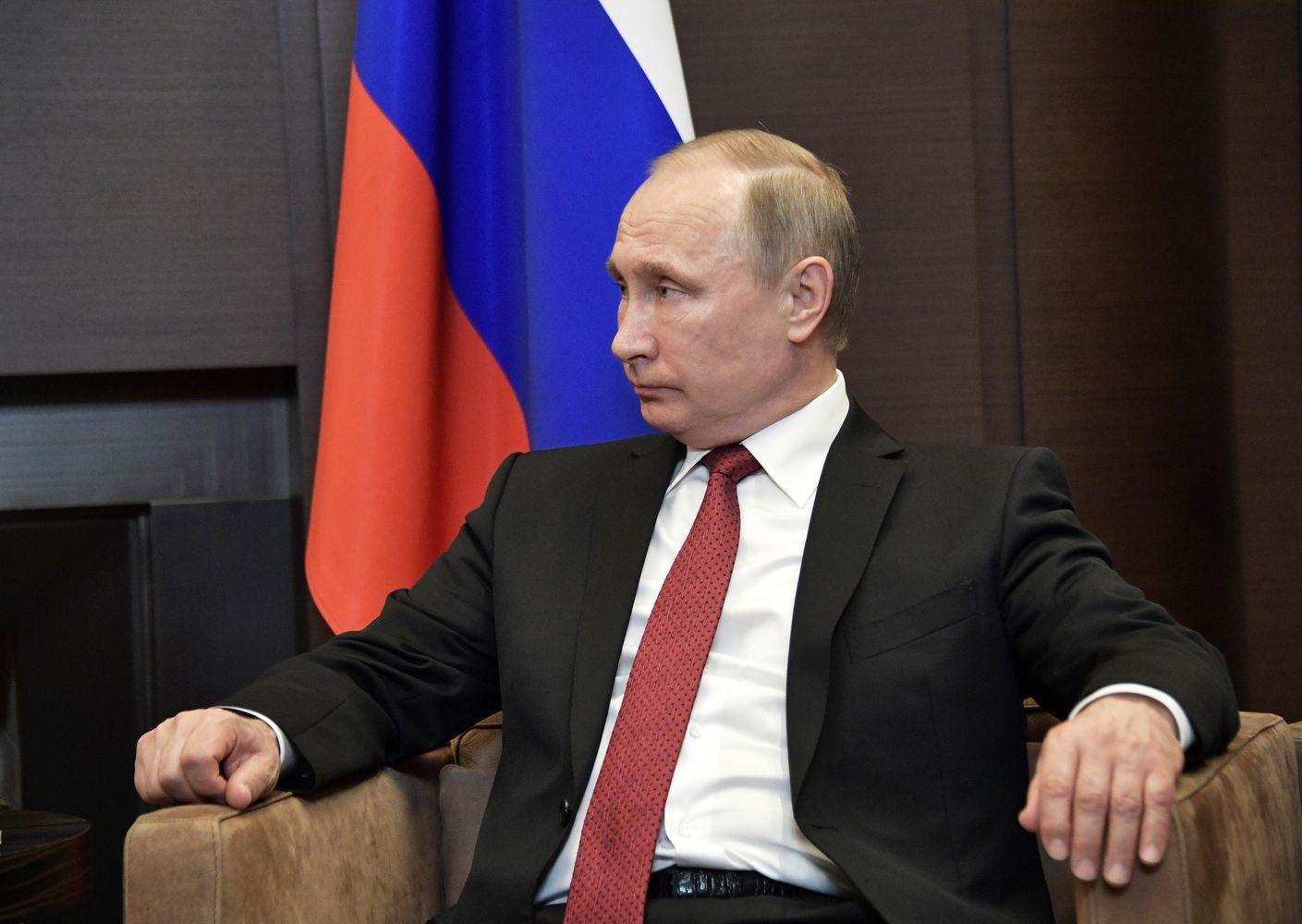 Putinas išsiveržė į dėmesio centrą