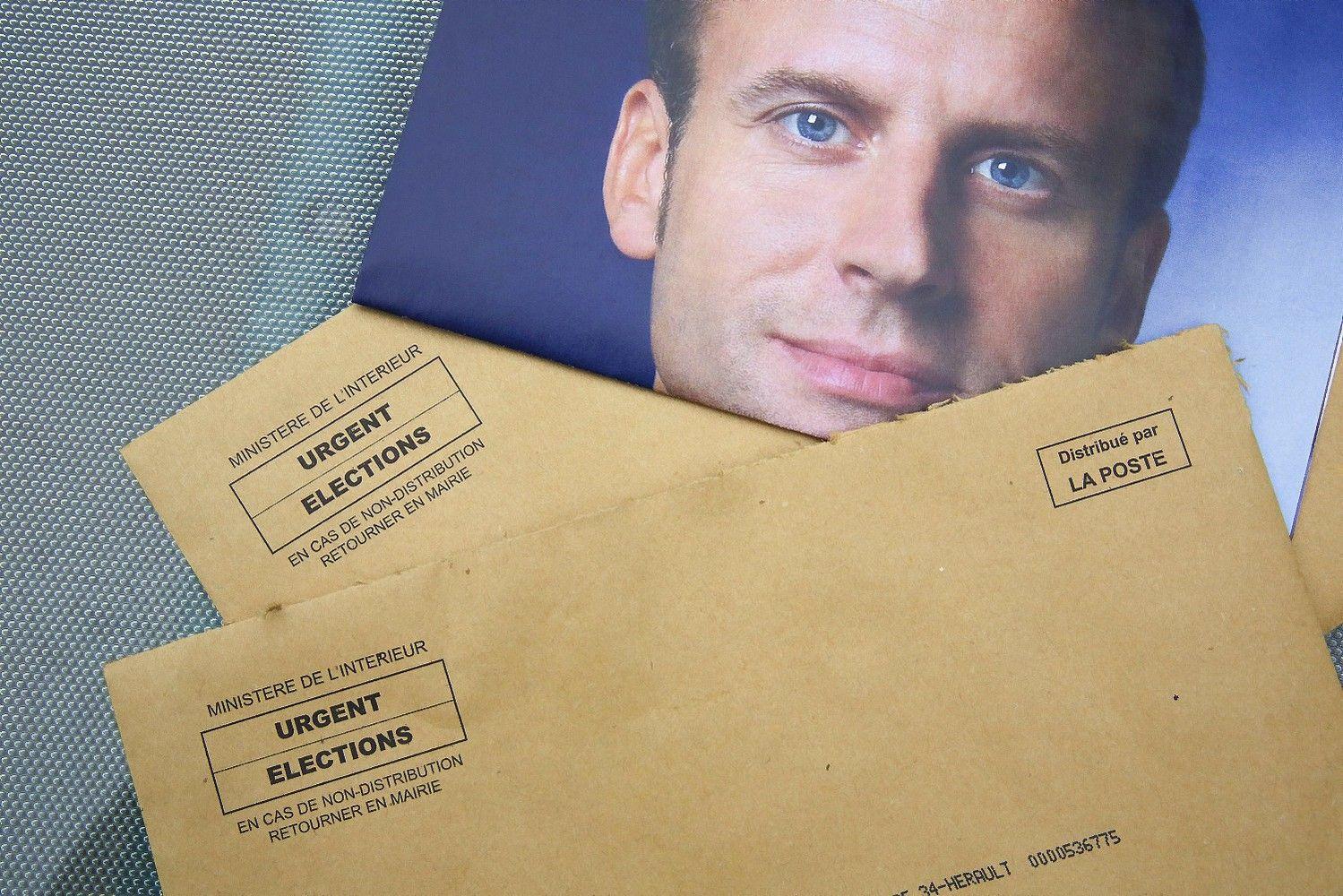 Programišių kirtis Macronui – internete paviešinti rinkimų kampanijos el. laiškai