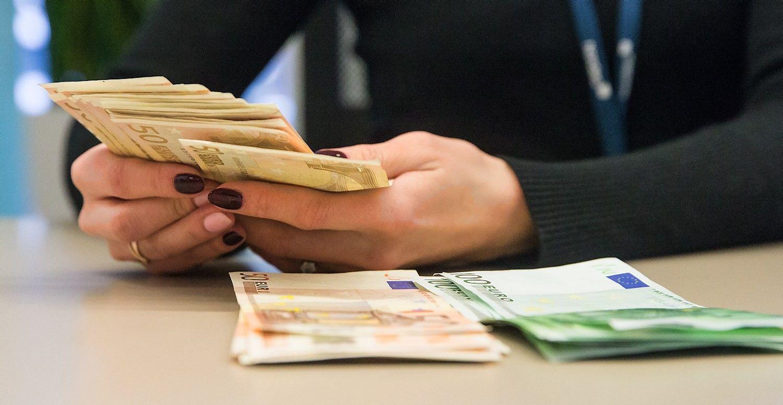 Vyriausybė dešimtmečiui pasiskolino 6 mln. Eur