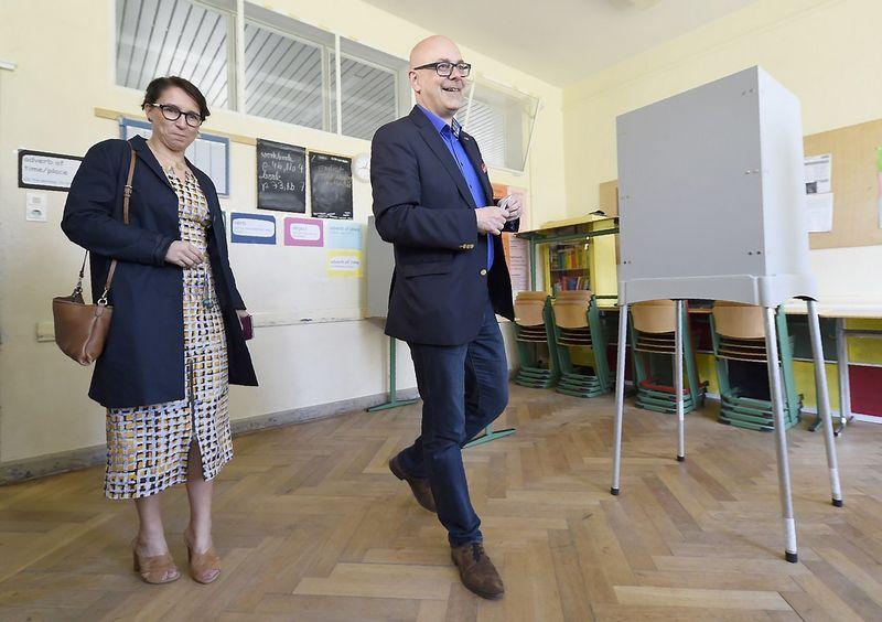"""Torstenas Albigas, socialdemokratas ir dabartinis Vokietijos Šlėzvigo-Holšteino žemės ministras pirmininkas, neteks savo posto. Jo partija rinkimuose nusileido dešiniesiems. Fabiano Bimmerio (""""Reuters"""" / """"Scanpix"""")  nuotr."""