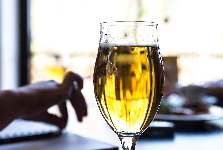 Seimas ėmėsi alkoholio ribojimų – kol kas beveik jokių palengvinimų