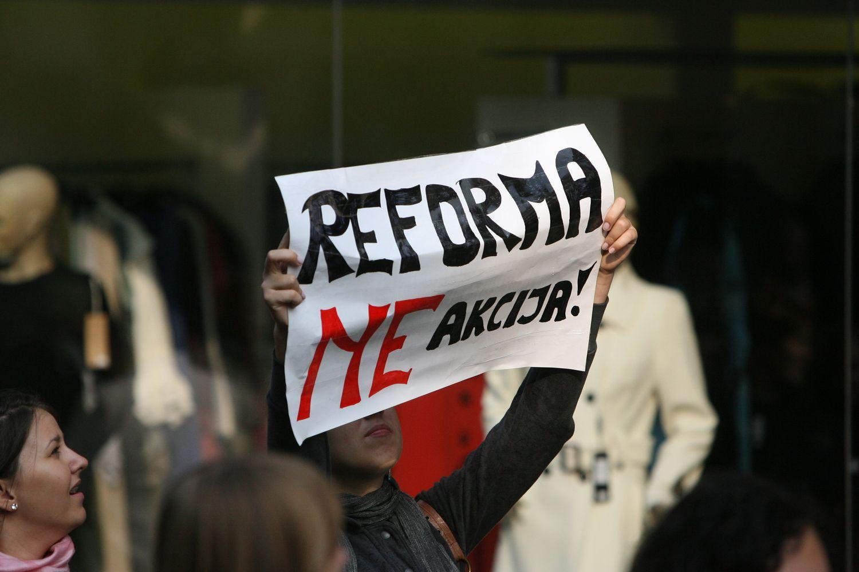 Švietimo reforma: tos pačios pastabos minėtos dar 1996 m.
