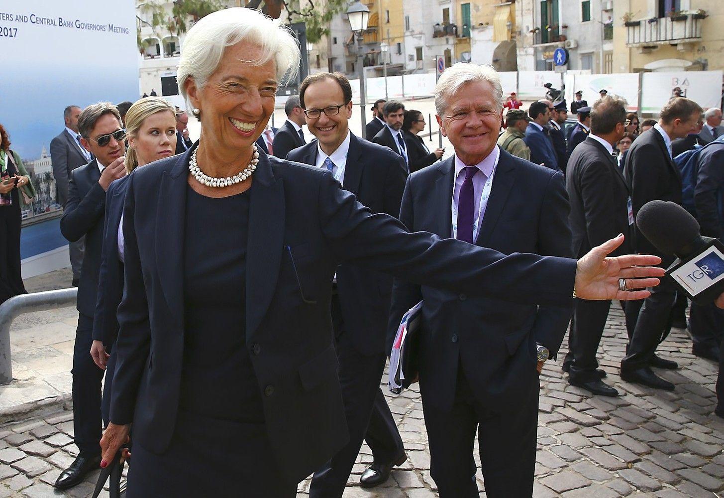G7: tarptautinėsprekybos temą keičia Graikija