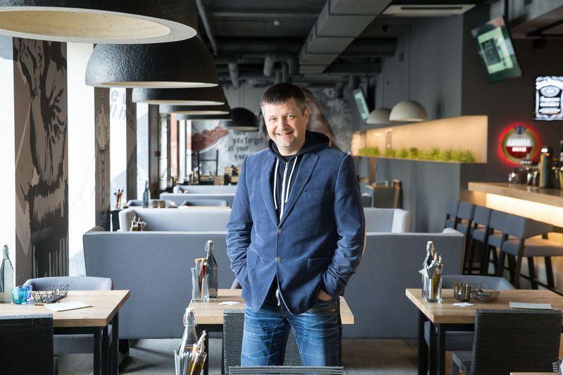"""Aidas Pilka, UAB """"Juta Jazz Cafe"""", valdančios restoraną """"Grey"""", direktorius: """"Renginių transliacijos pritraukia klientų, padidina apyvartą. Nors tai nesudaro papildomų sąnaudų, reikia nepigios kokybiškos garso ir vaizdo įrangos."""" Vladimiro Ivanovo (VŽ) nuotr."""