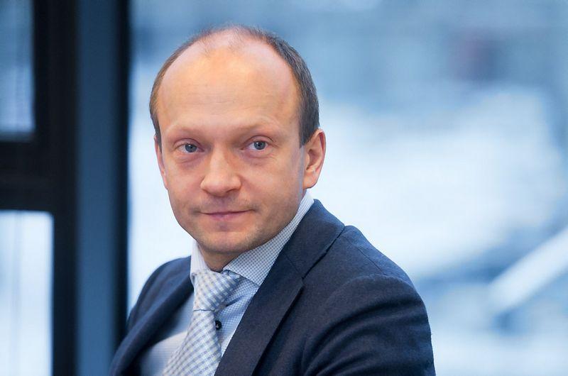 """Nerijus Mačiulis, """"Swedbank"""" vyriausiasis ekonomistas Lietuvoje:  """"Turėtų nutikti kažkas labai blogo Europoje ir pasaulyje, kad Lietuvos ekonomika šiemet stiebtųsi lėčiau nei 3%."""""""