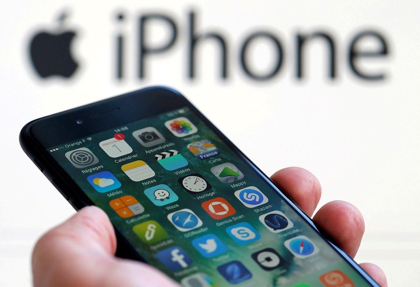 """""""Goldman Sachs"""": naujasis """"iPhone"""" kainuos nuo 1.000 USD"""