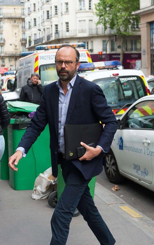 Prancūzijos premjeru Macronas paskyrė respublikoną Philippe'ą