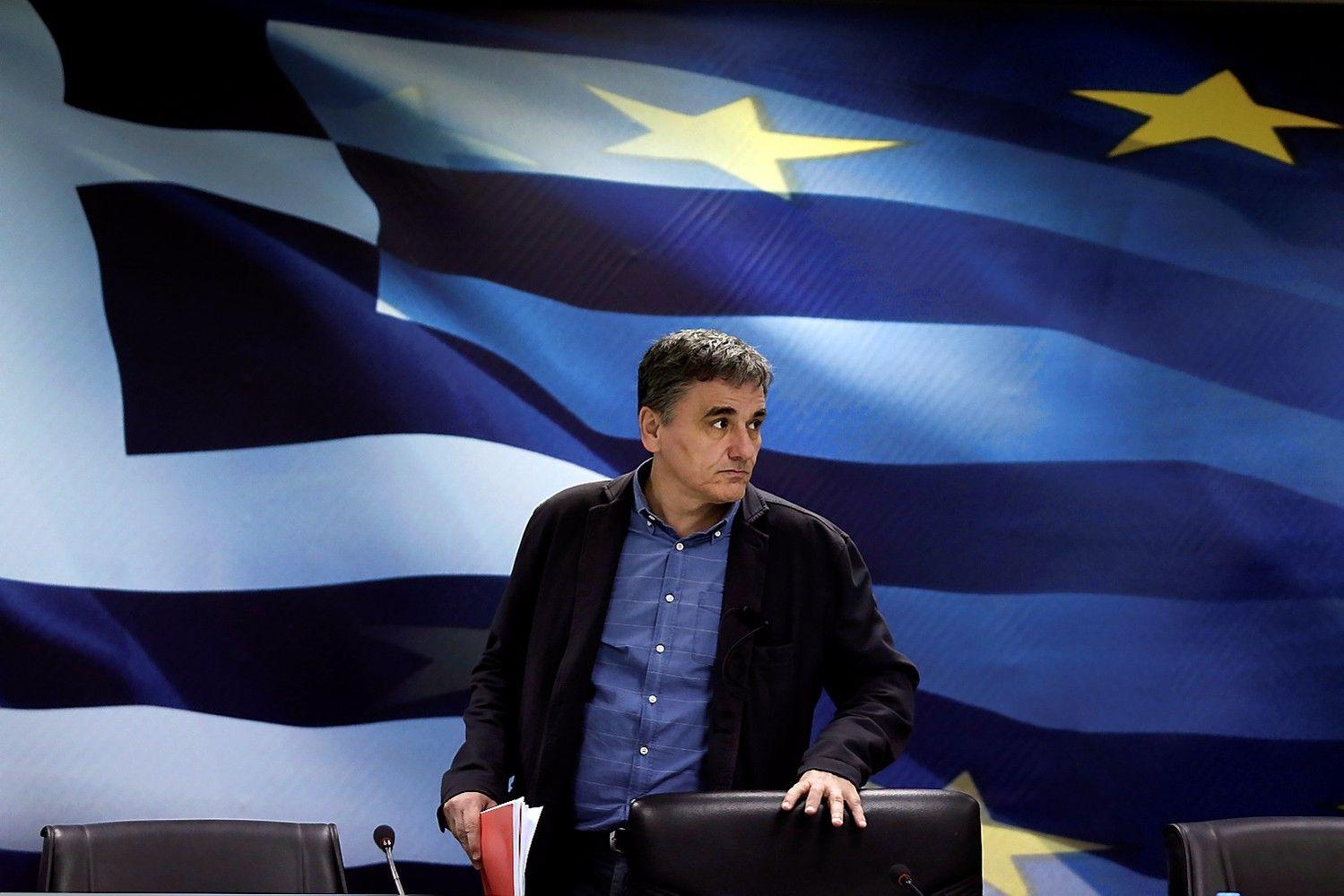Graikijos ekonomika nusirito į recesiją
