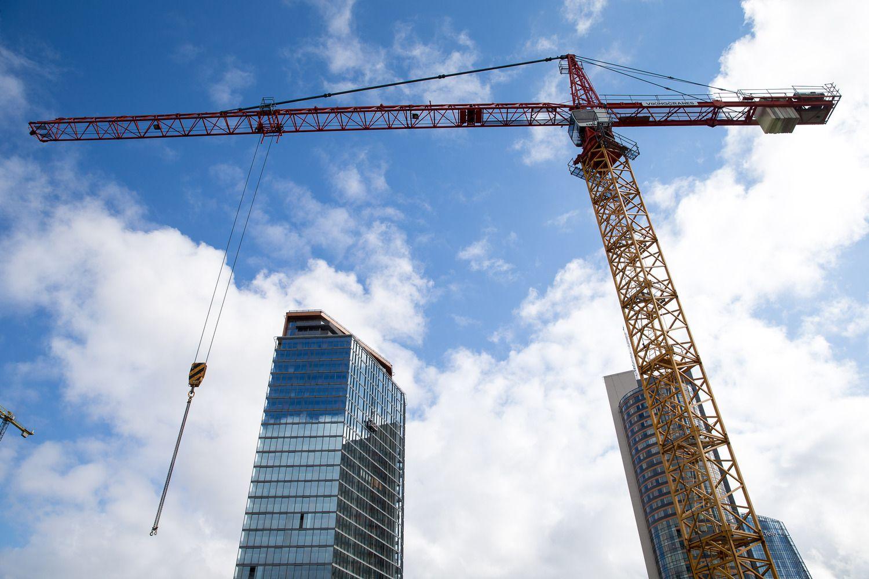 Statybos darbų apimtys atsitiesia