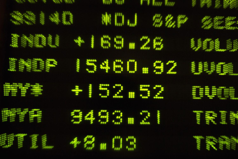 """JAV biržose – S&P 500 ir """"Nasdaq"""" rekordai"""