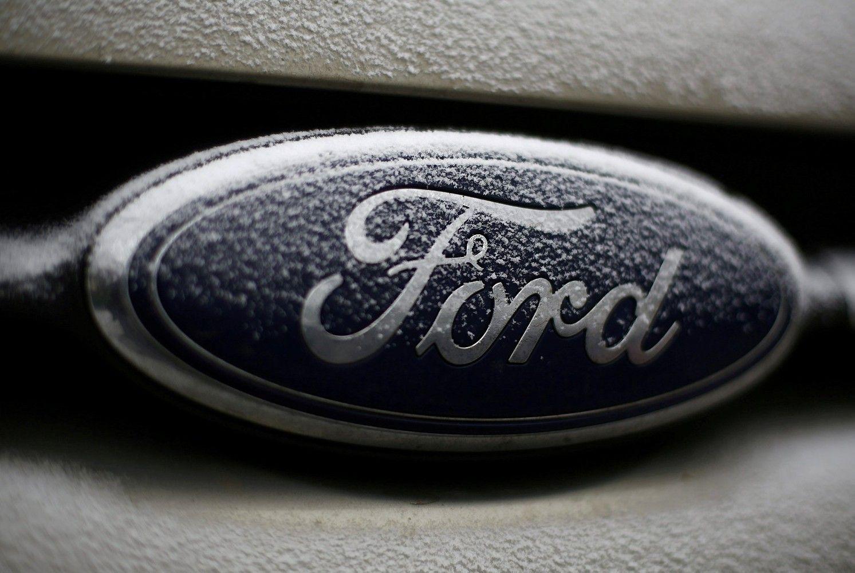 """""""Ford"""" atleis dešimtadalį darbuotojų"""